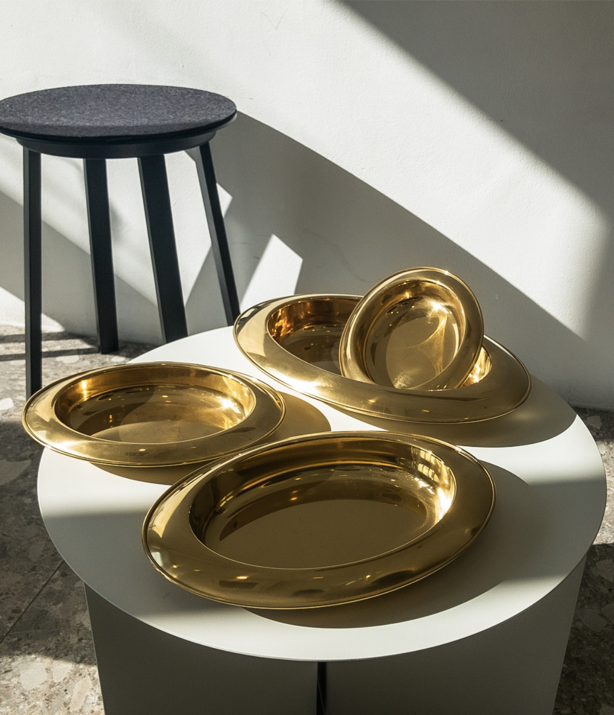 OVAL PLATE (GOLD)